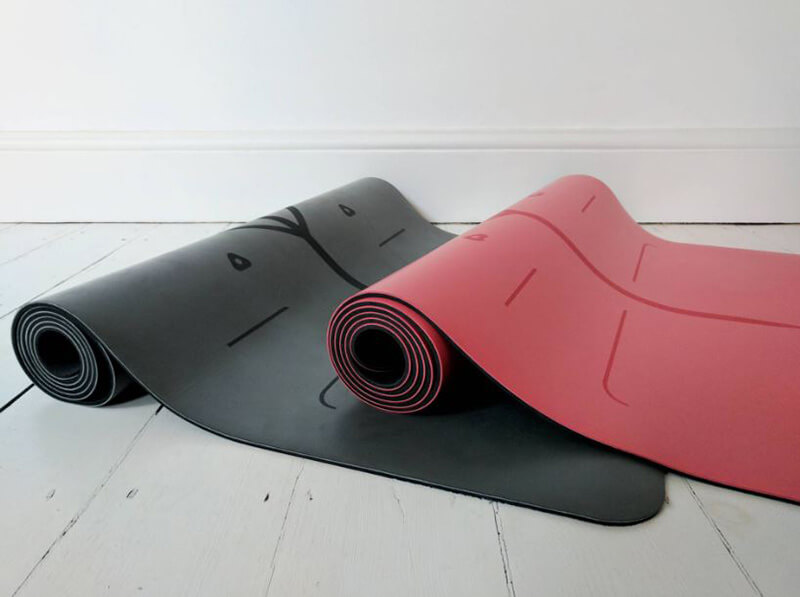 The 8 Best Yoga Mat For Hot Yoga Review