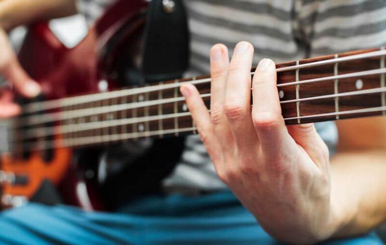 Top 21 Best Bass Guitars Under 1000 Dollars