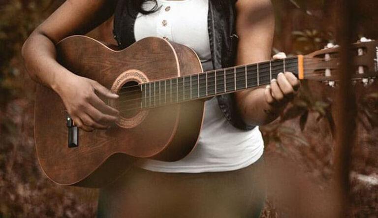 Top 13 Best Classical Guitar Under 1000 Dollars