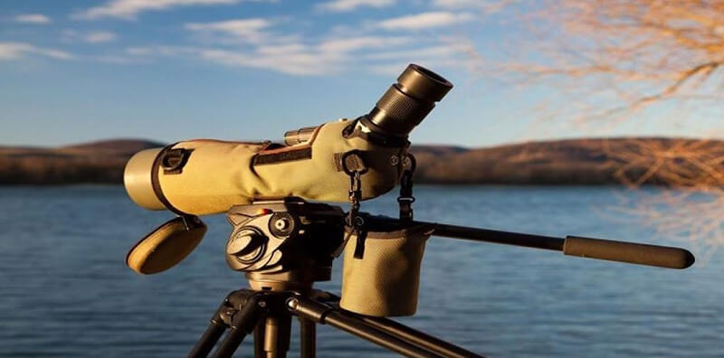 Best Spotting Scope Under 200