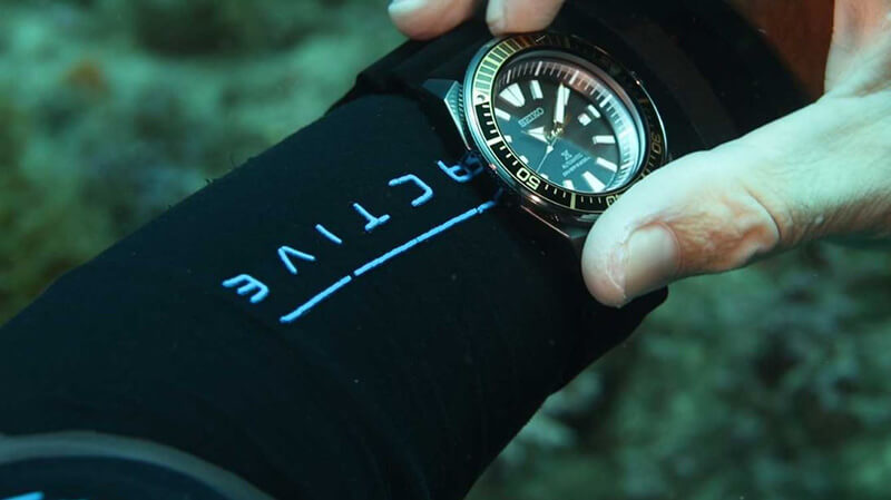 How to Select a Dive Watch Underneath $200 - Buying Guide
