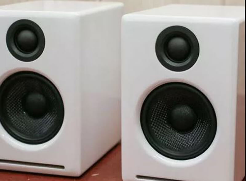 The Best PC Speakers Under 100 Dollars- Buyers Guide