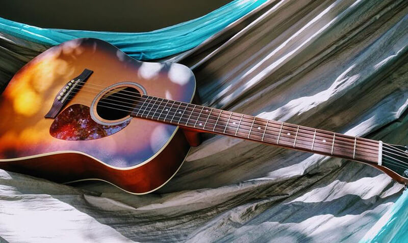 Things to Consider When Buying a Budget Acoustic Electric Guitar