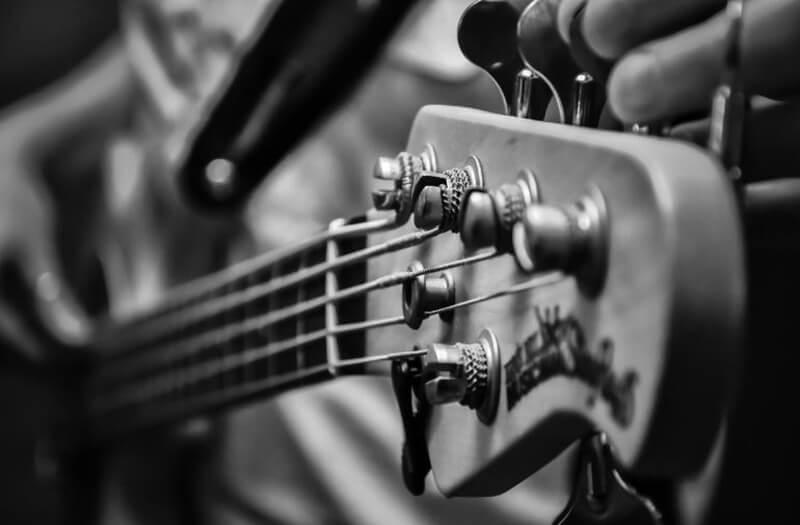Top 13 Best Bass Guitar Under 200