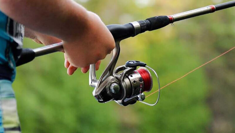 best baitcasting rod under 100