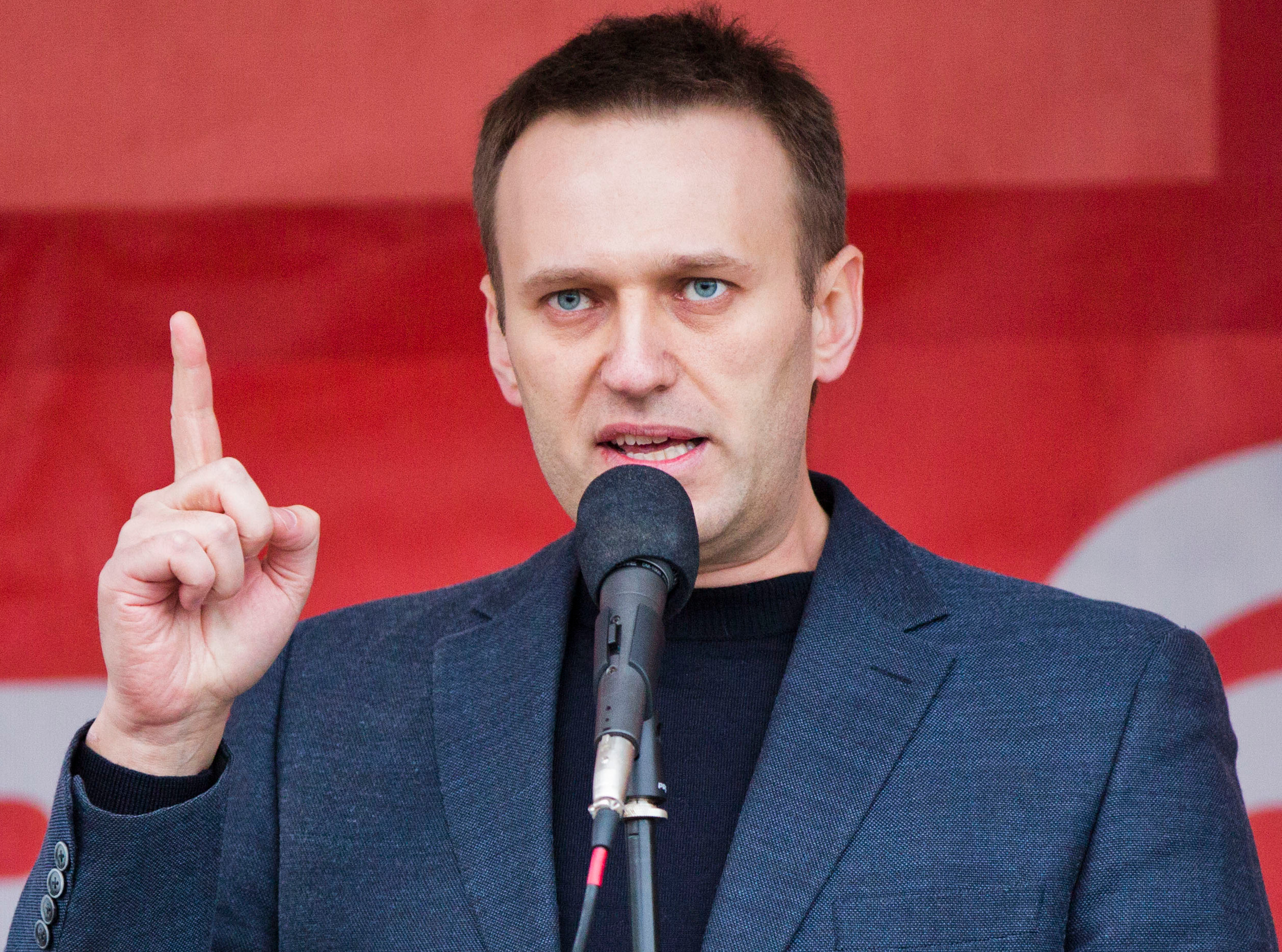 Alexei Navalny Poisoned: Supporters Are Saying It Is a Controversy