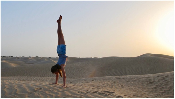 LearningHow to Do A Handstand in Yoga and Its Benefits